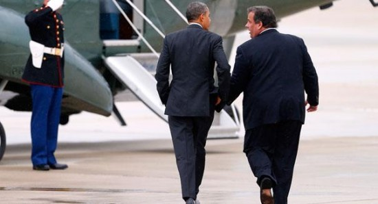 holding_hands_obama_christie2.jpg